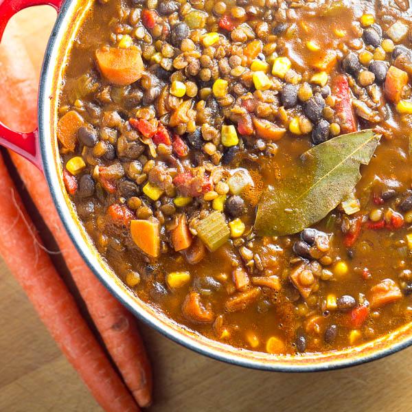Black Bean & Lentil Chili - Catz in the Kitchen