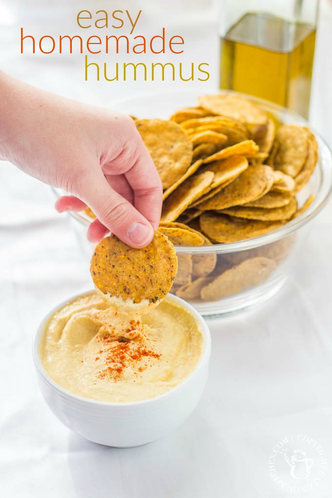 The simplest of all beginner's recipes - cheap, made in a single dish, and ready in five minutes! To top it off, this easy homemade hummus is delicious!