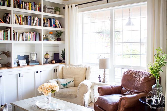 DIY built-in bookshelf